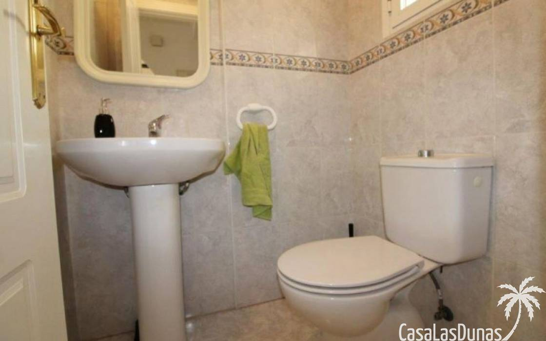 Resale - House - Algorfa