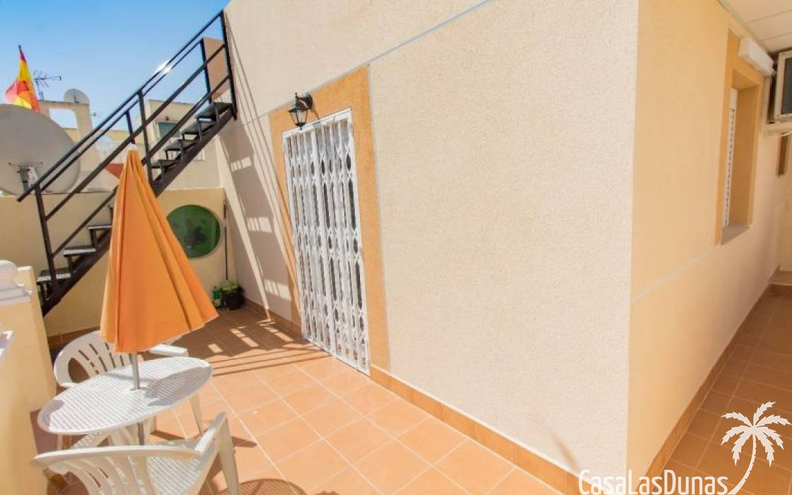 Resale - House - Torrevieja